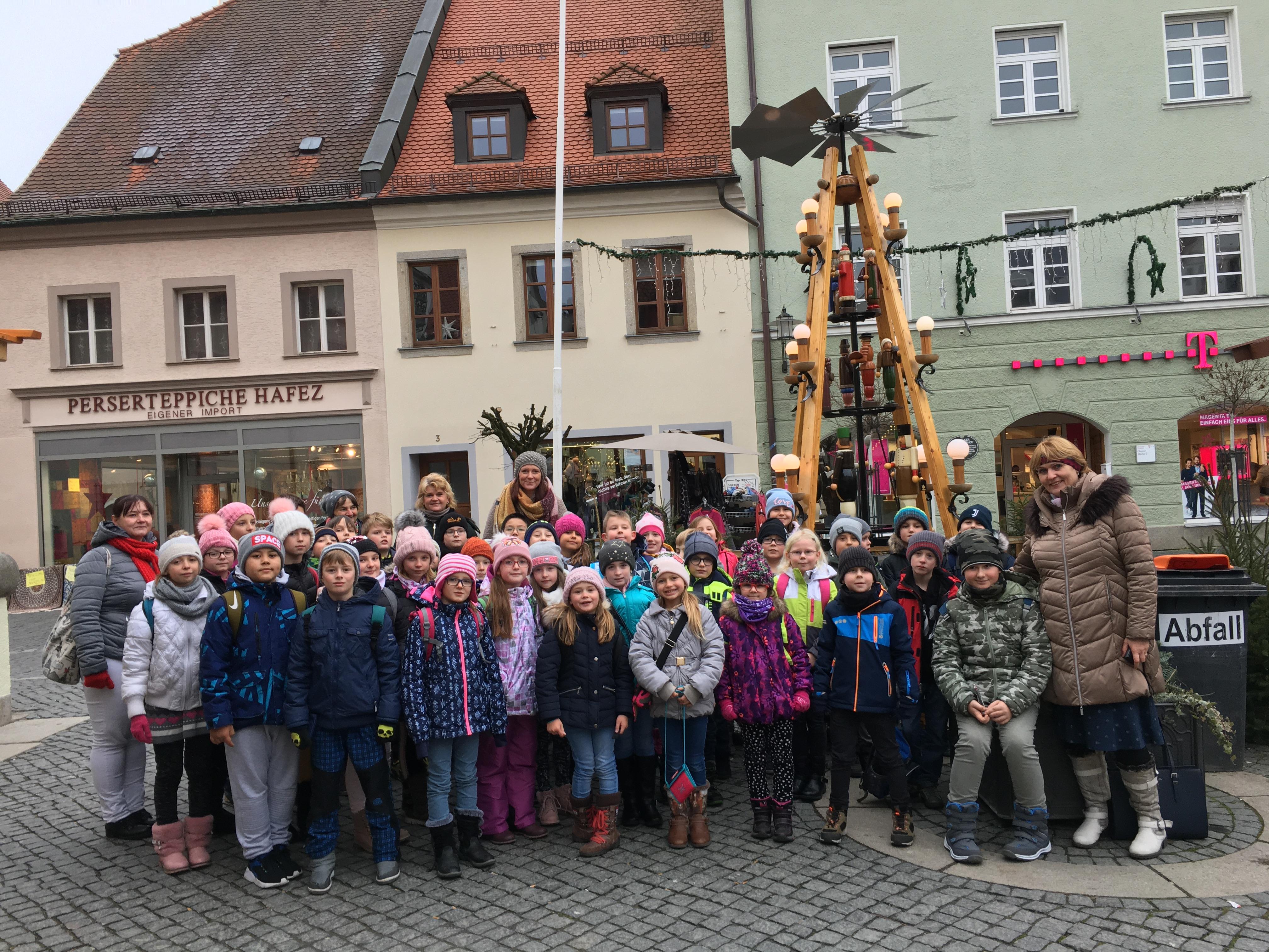 Schüler aus Mantel und Lazne Kynzvart besuchen Regionalbibliothek